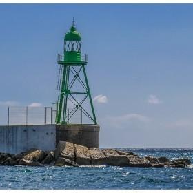 1400843967_La farola del verde del puerto de Alicante