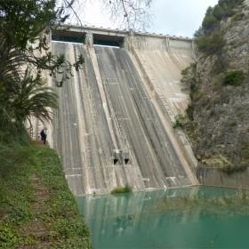 1406755251_Presa pantano de Guadalest