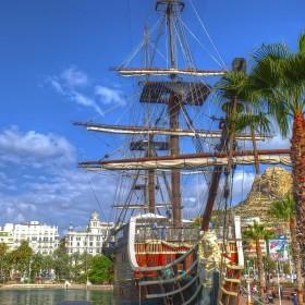 1410465921_piratas