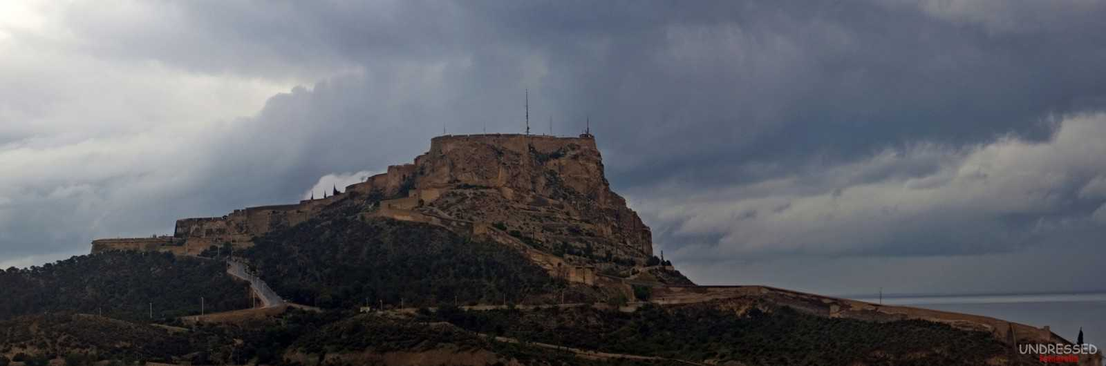 1418756170_Castillo de Santa Bárbara