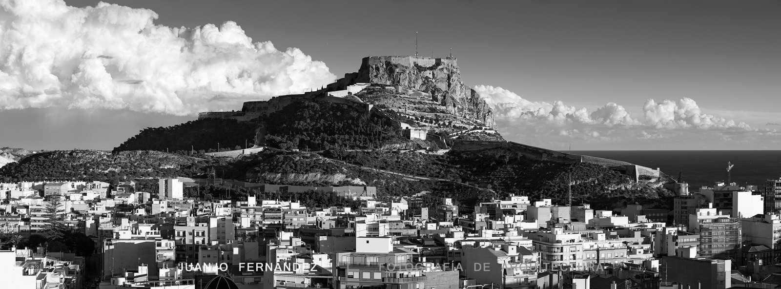 1422362759_Desde-Castillo-San-Fernando-nube