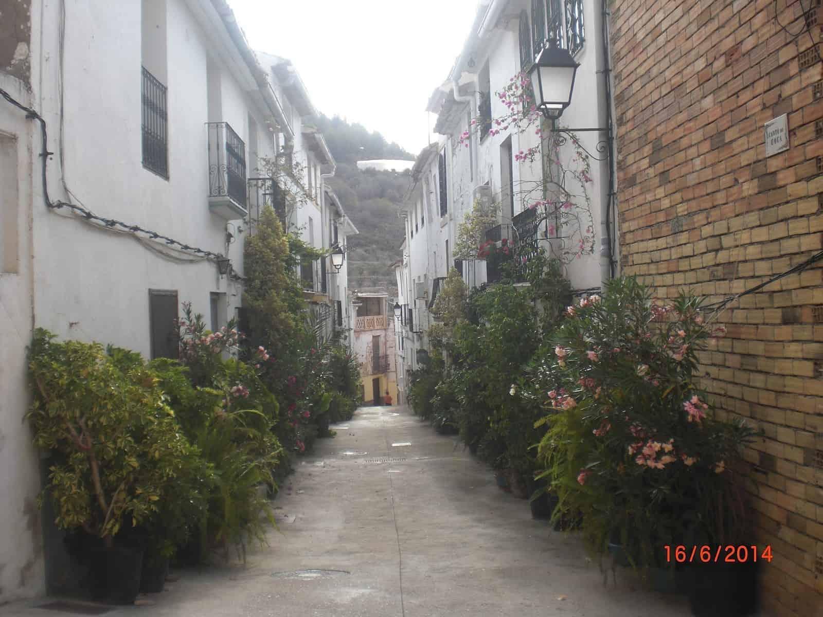 1432302224_6. Calle de Bolulla