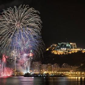 1467659578_fireworks-3