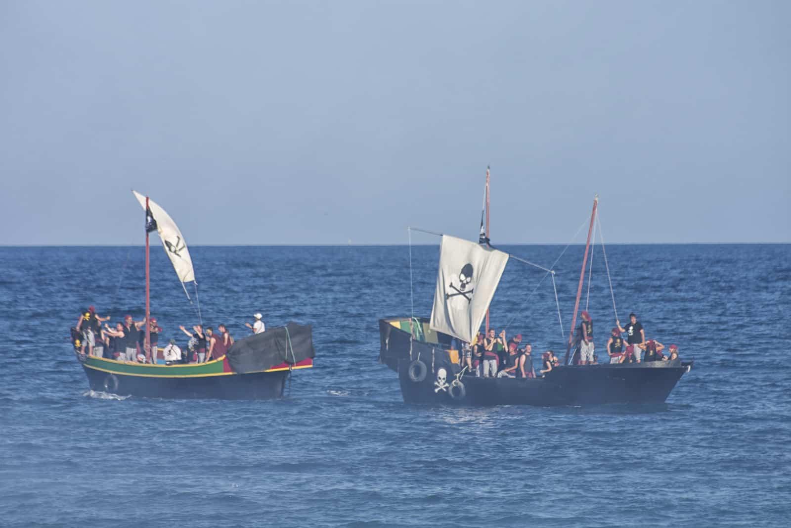 1469742858_piratas