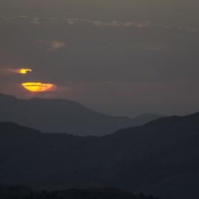 1472062593_Entre montañas