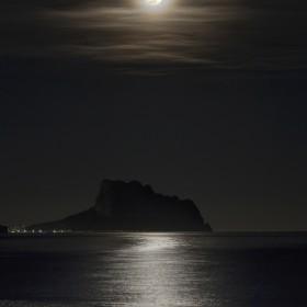 1528671170_under_moonlight_br