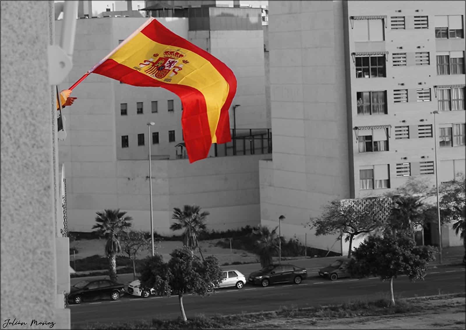 1586383691_Bandera...