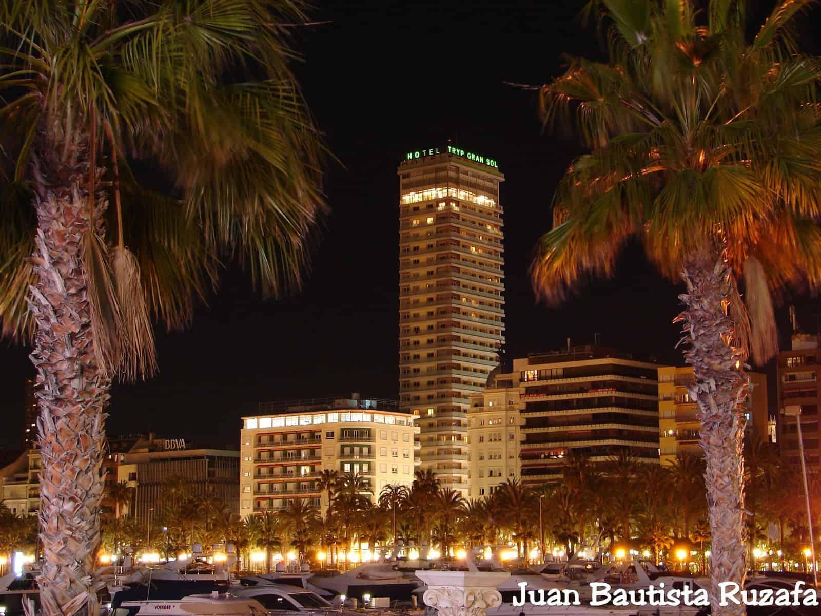 Alicante de noche 2010 096