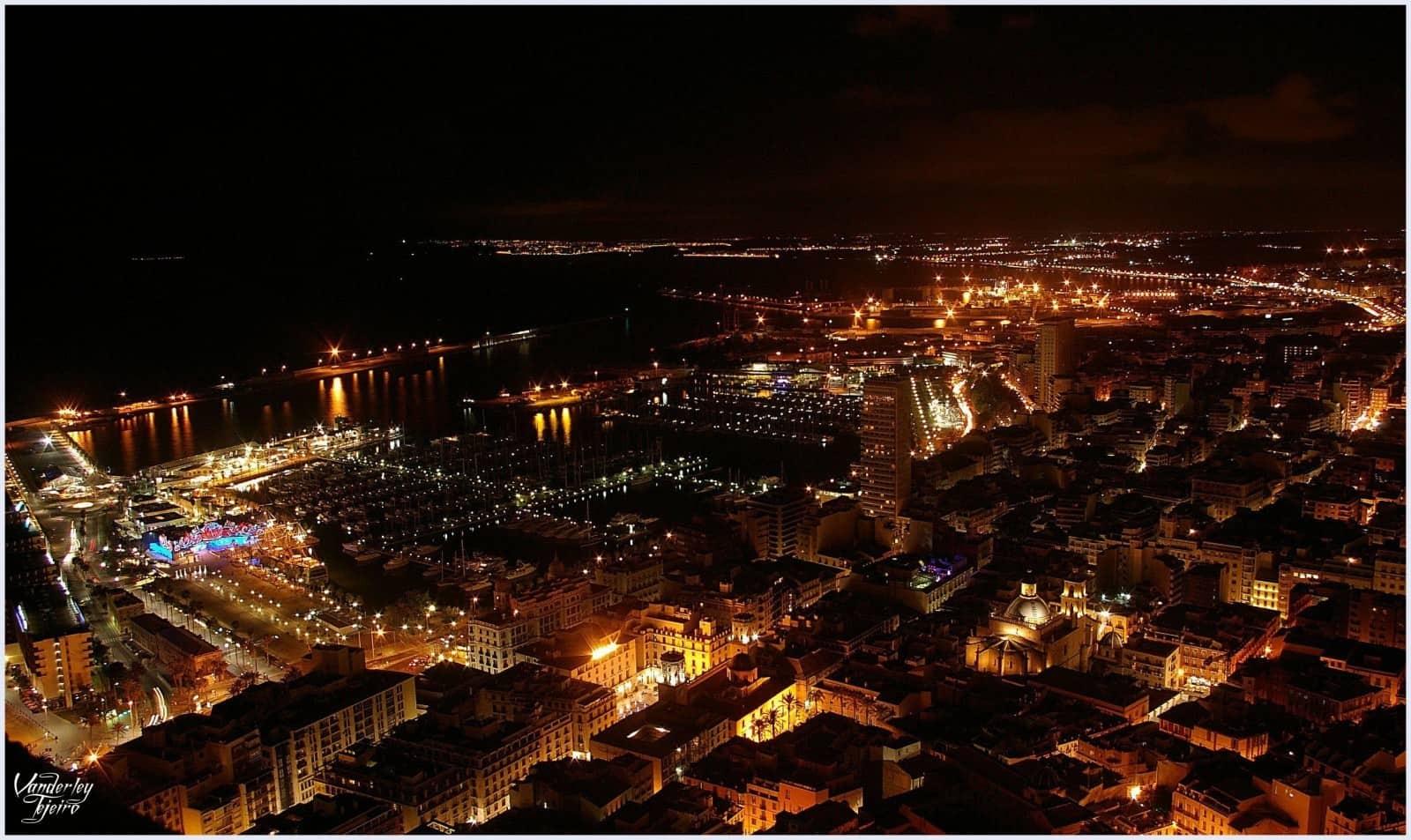 Alicante nocturno