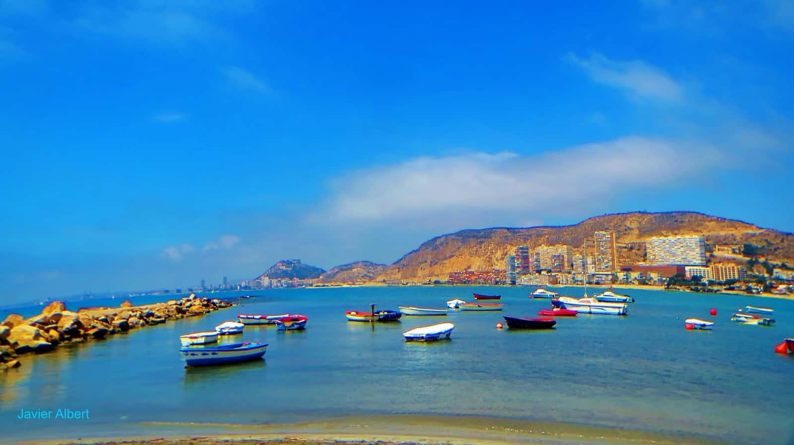 Barcas en La Albufera