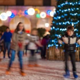Ignasilm - Patinando alrededor del arbol de Navidad